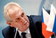 Президент Чехії просить російську вакцину